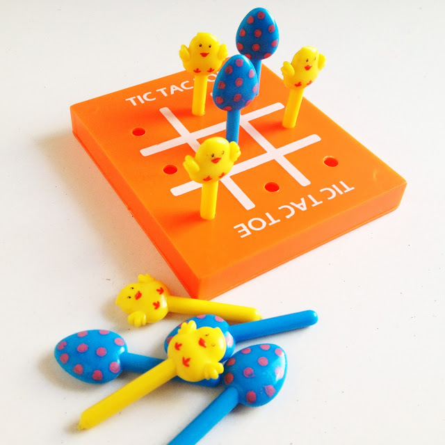 Tic-Tac-Toe with Poke Cards